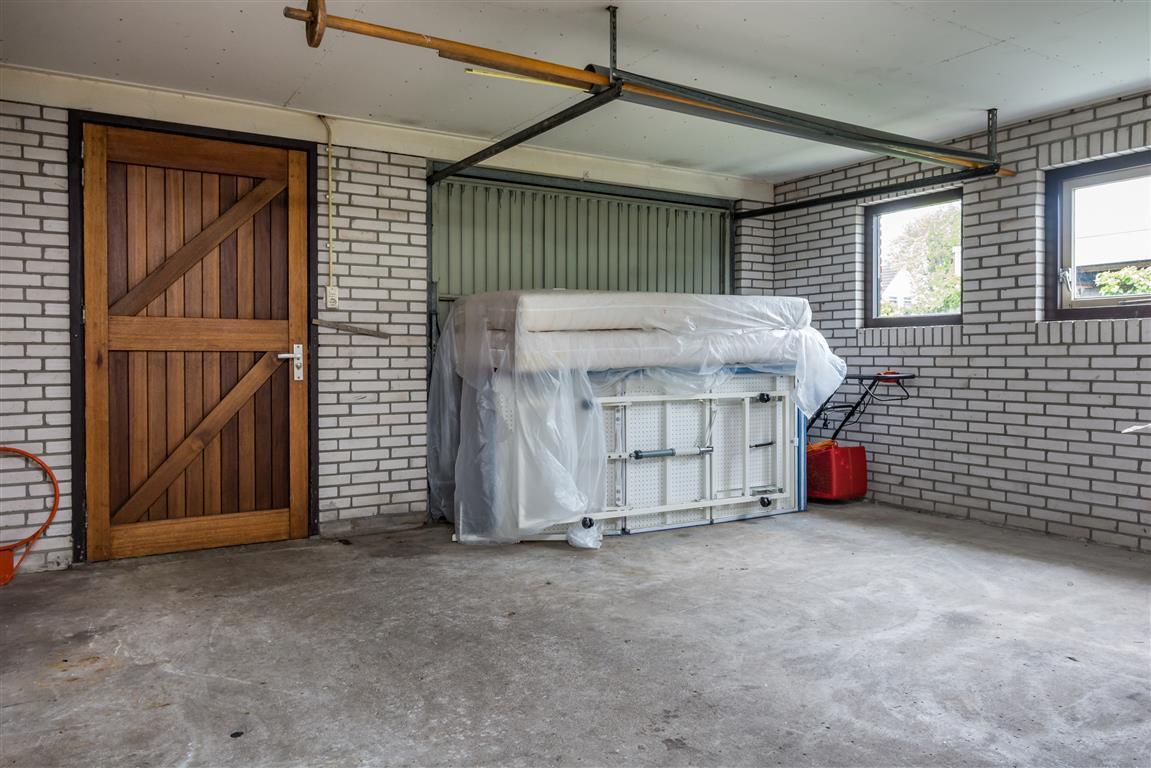 De helling 3 joure a7 makelaars - Moderne huis op een helling ...
